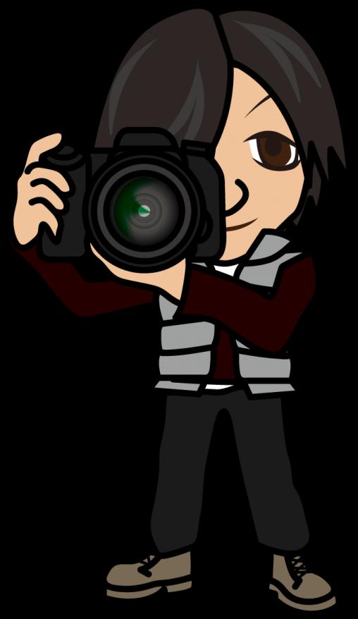 一眼レフのカメラで撮影する男性「はたさん」